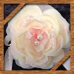 手作り簡単生花や造花コサージュの作り方!結婚式や入学式卒業式に最適